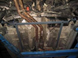 barra refuerzo inferior trasera BMW Z3 montada